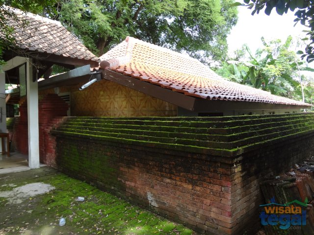 Makam Hanggawana Kalisoka Tegal